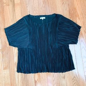 Madewell Black Pleated Short Sleeve Top Size L